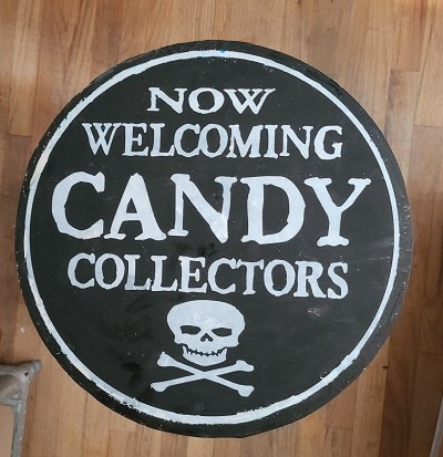 Now Welcoming Candy Collectors